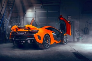 Mclaren Doors Up Modified Exhausts Wallpaper