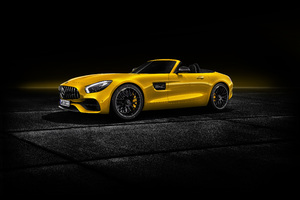 Mercedes AMG GT S Roadster 2018 Wallpaper