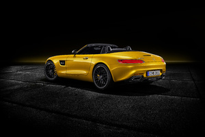 Mercedes AMG GT S Roadster 2018 Open Roof Wallpaper