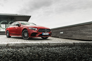 Mercedes Benz CLS 400 D 4MATIC AMG Line 2018 Wallpaper