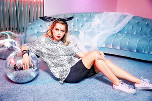 Miley Cyrus Converse X Collection Wallpaper