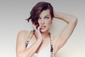 MIlla Jovovich 2016 Wallpaper