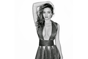 Miranda Kerr Black And White Wallpaper