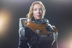 Molly Parker As Maureen Robinson Lost In Space 4k Wallpaper