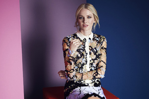 Naomi Watts Instyle Uk Wallpaper