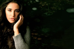 Nargis Fakhri 5 Wallpaper