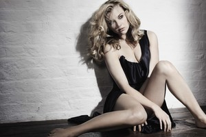 Natalie Dormer Black Dress