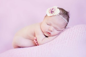 Newborn Baby Cute Wallpaper