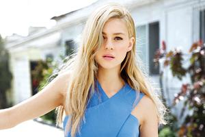 Nicola Peltz Celebrity Wallpaper