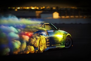 Nissan 350Z Drifitng Wallpaper