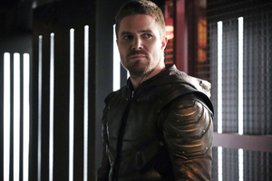 Oliver Queen As Arrow Season 6 2018 Latest Wallpaper