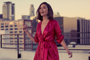 Olivia Culpo Express Photoshoot Wallpaper
