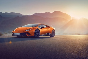 Orange Lamborghini Huracan Wallpaper