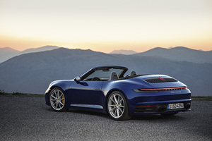 Porsche 911 Carrera 4S Cabriolet 2019 Wallpaper