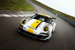 Porsche 911 Track Racing Wallpaper