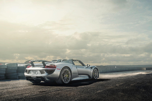 Porsche 918 Spyder 2 Wallpaper