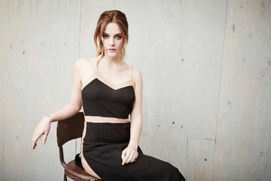 Riley Keough 4
