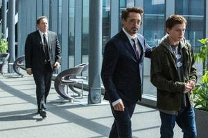 Robert Downey Jr And Tom Holland In Spiderman Homecoming
