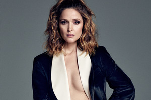 Rose Byrne Harpars Bazar Wallpaper