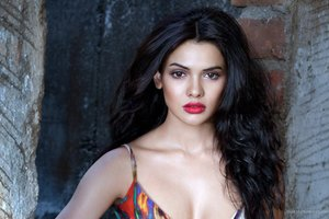 Sara Loren Hot Wallpaper