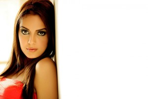 Shazahn Padamsee Gorgeous Wallpaper