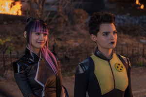 Shioli Kutsuna And Negasonic Teenage Warhead Deadpool 2
