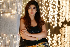 Sonarika Bhadoria 5 Wallpaper