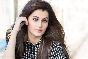 Taapsee Pannu 2016 Wallpaper