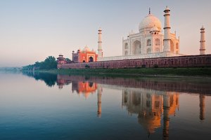 Taj Mahal River Wallpaper