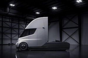 Tesla Semi Truck Wallpaper