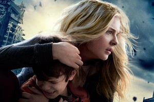The 5th Wave 2016 Movie Wallpaper