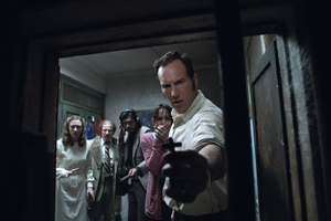The Conjuring 2 Priest Wallpaper