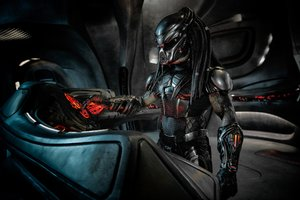 The Predator In His Ship Wallpaper
