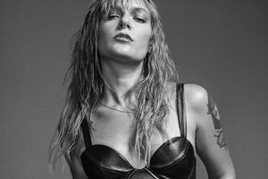 Tove Lo Monochrome Photoshoot Wallpaper