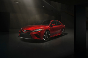Toyota Camry XSE Wallpaper