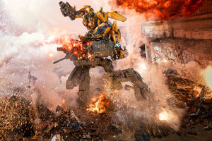 Transformers The Last Knight Bumblebee Goes To War 8k