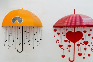 Umbrellas Drawing Heart Wallpaper