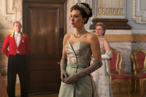 Vanessa Kirby In The Crown Tv Show Wallpaper