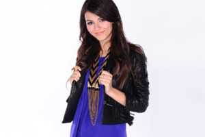 Victoria Justice Latest Wallpaper