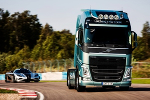 Volvo Truck And Car Wallpaper