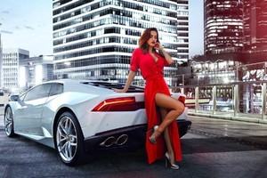 Women With Car Wallpaper
