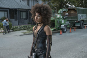 Zazie Beetz As Domino In Deadpool 2 Movie