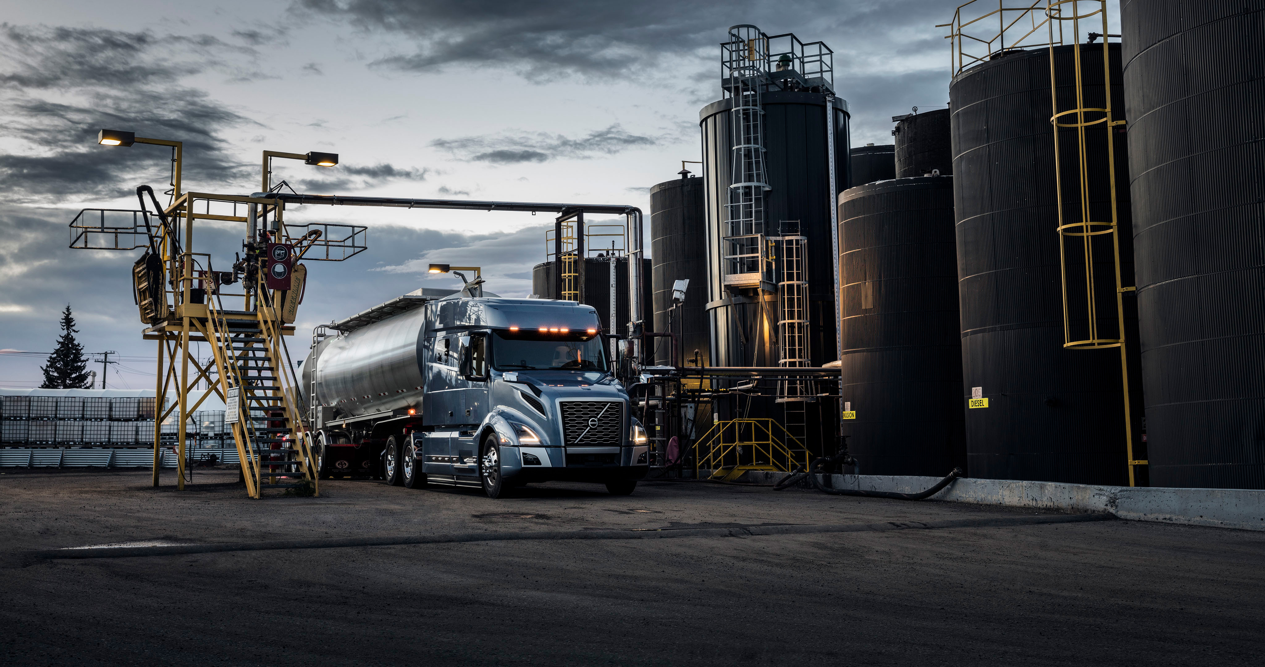 Volvo vnl 740 hd cars 4k wallpapers images backgrounds photos and pictures - Volvo vnl wallpaper ...