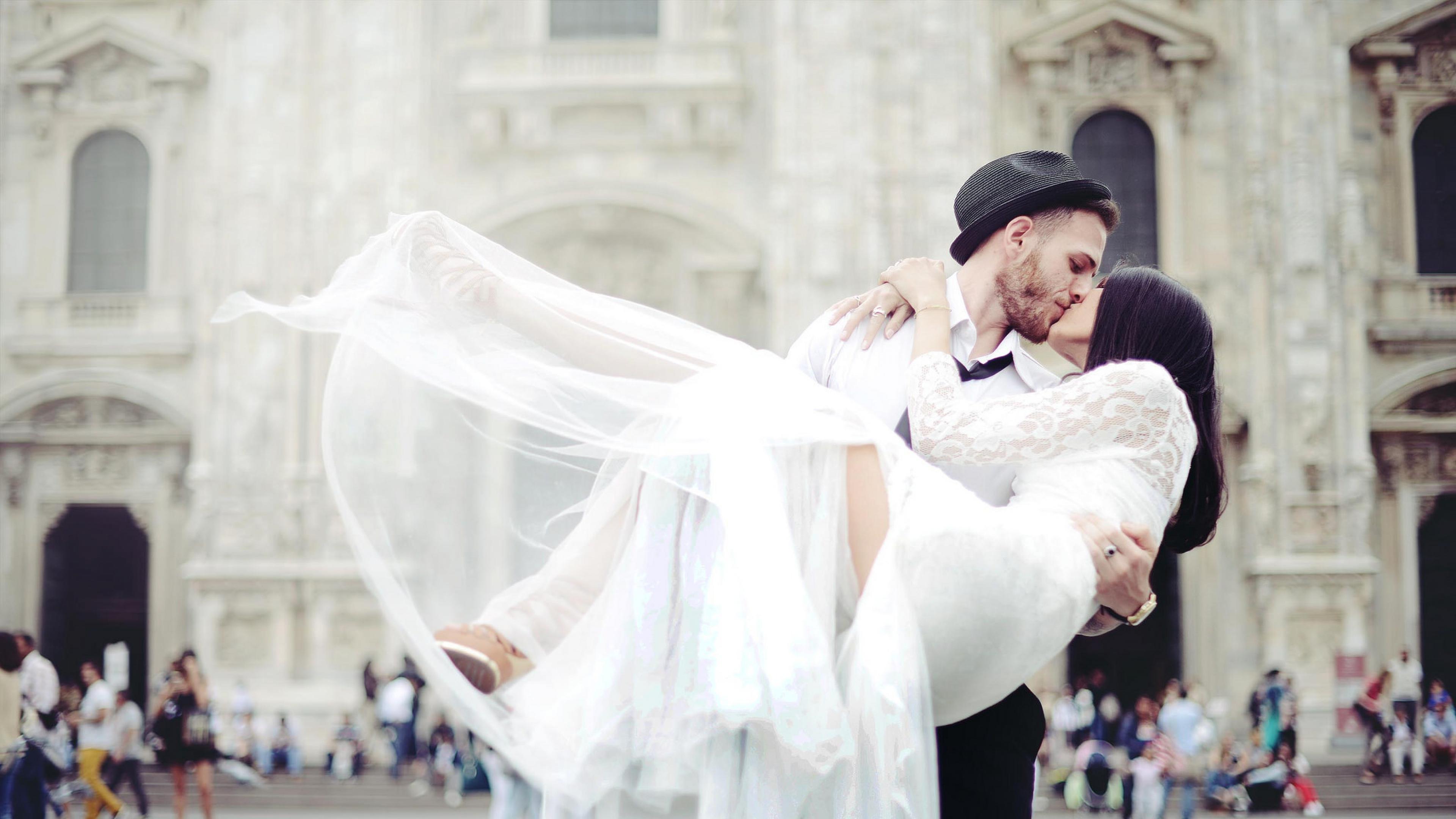 Wedding couple kissing hd love 4k wallpapers images - 4k kiss wallpaper ...
