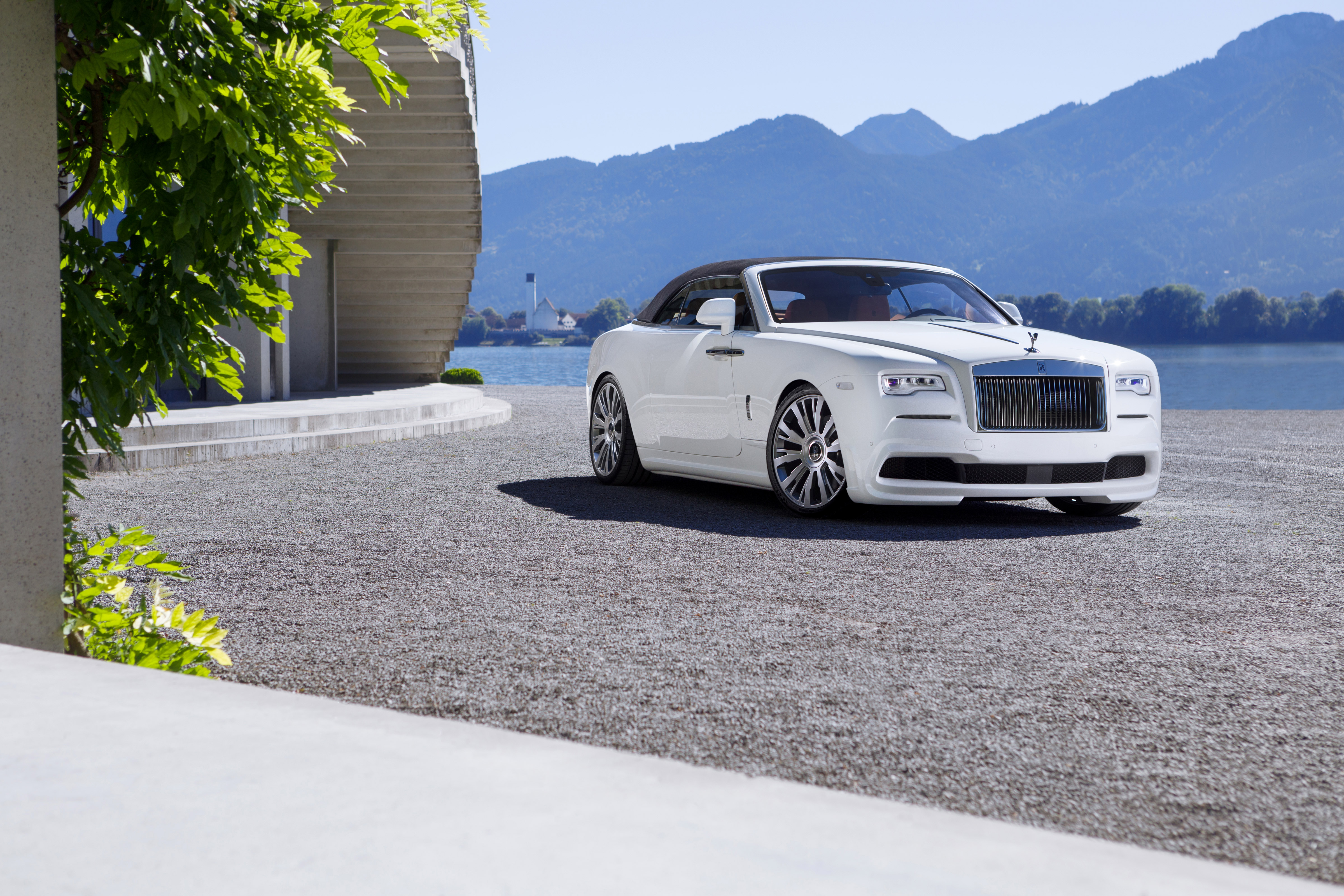 White Rolls Royce Dawn