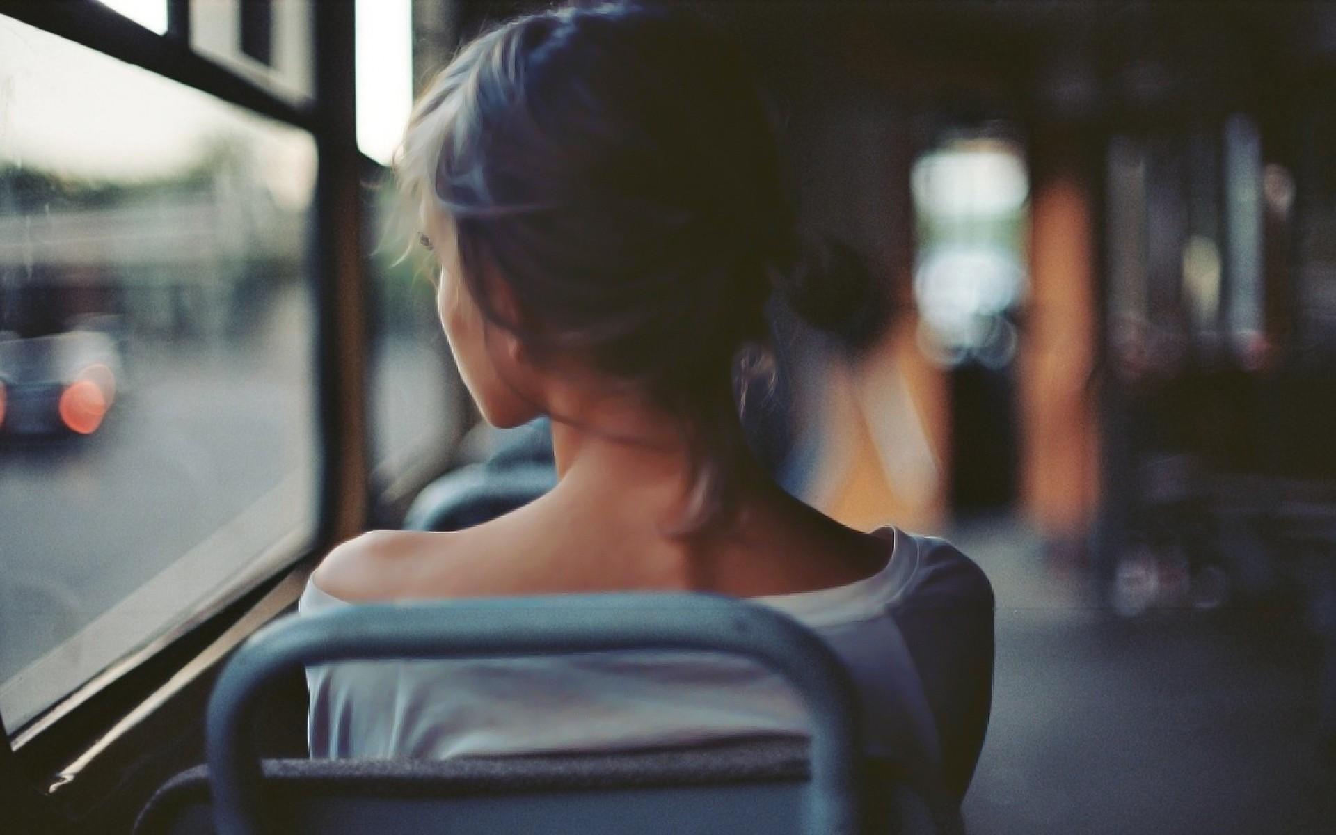 Women back buses hd girls 4k wallpapers images backgrounds women back buses voltagebd Images