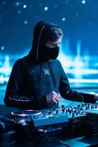 480x800 alan walker darkside 4k galaxy note htc desire nokia lumia 520 625 android hd 4k - Alan walker logo galaxy ...