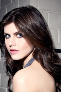 1280x2120 Alexandra Daddario Beautiful Eyes 4k IPhone 6 HD