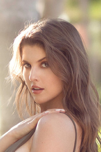 Amanda Cerny Guess Model