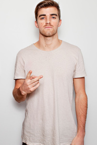 720x1280 Andrew Taggart And Alex Pall Chainsmokers 5k Latest
